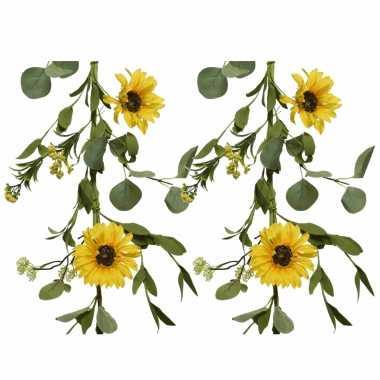 4x stuks gele bloemen kunstplanten slingers bloemenslingers 150 cm