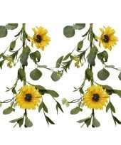 2x stuks gele bloemen kunstplanten slingers bloemenslingers 150 cm